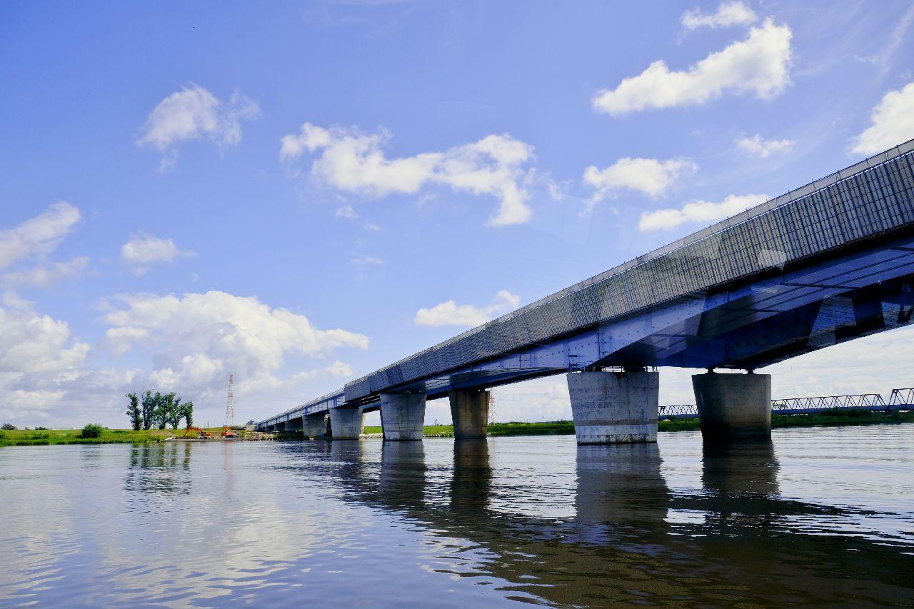 札幌大橋新橋、石狩川への挑戦と調和